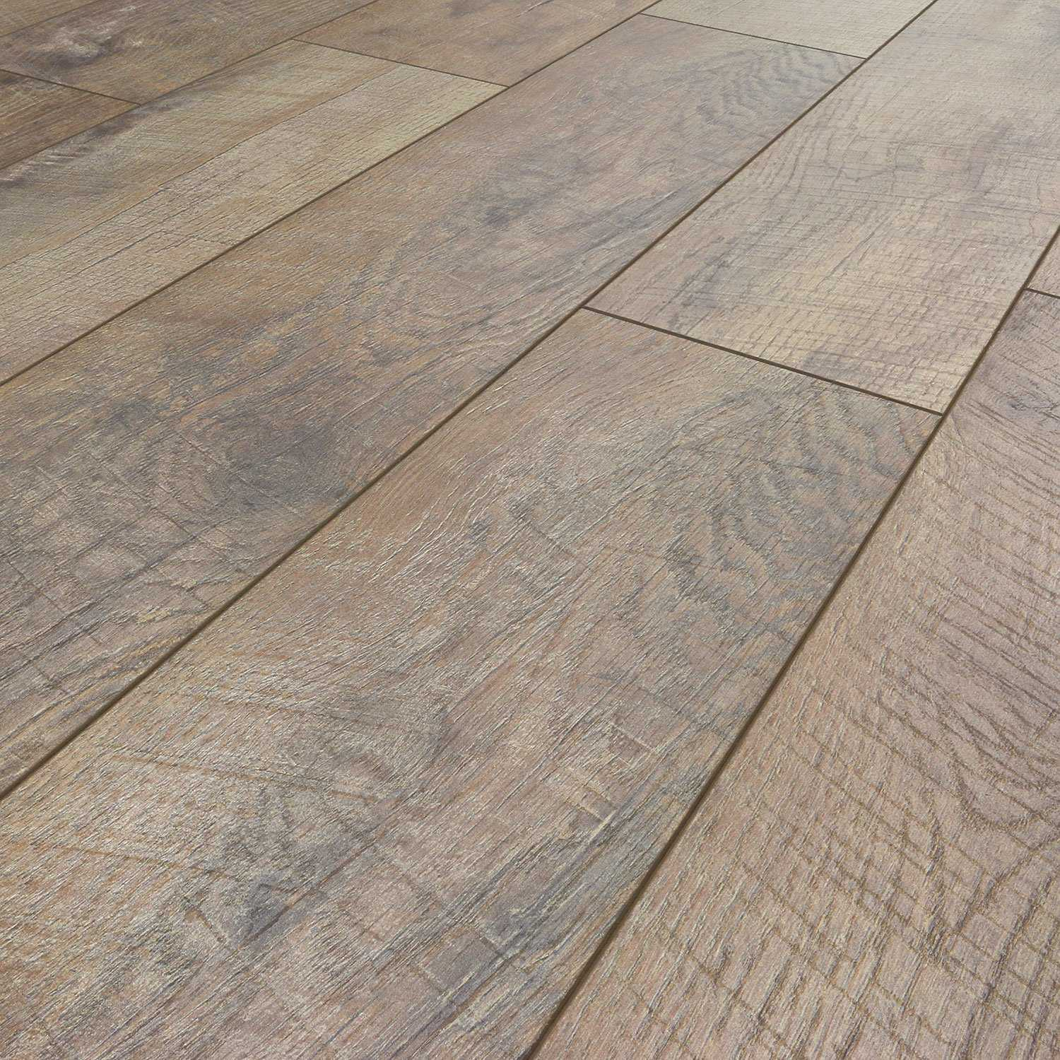Select Surfaces Laminate Flooring, Driftwood (6 Planks, 12.50 sq. ft.)