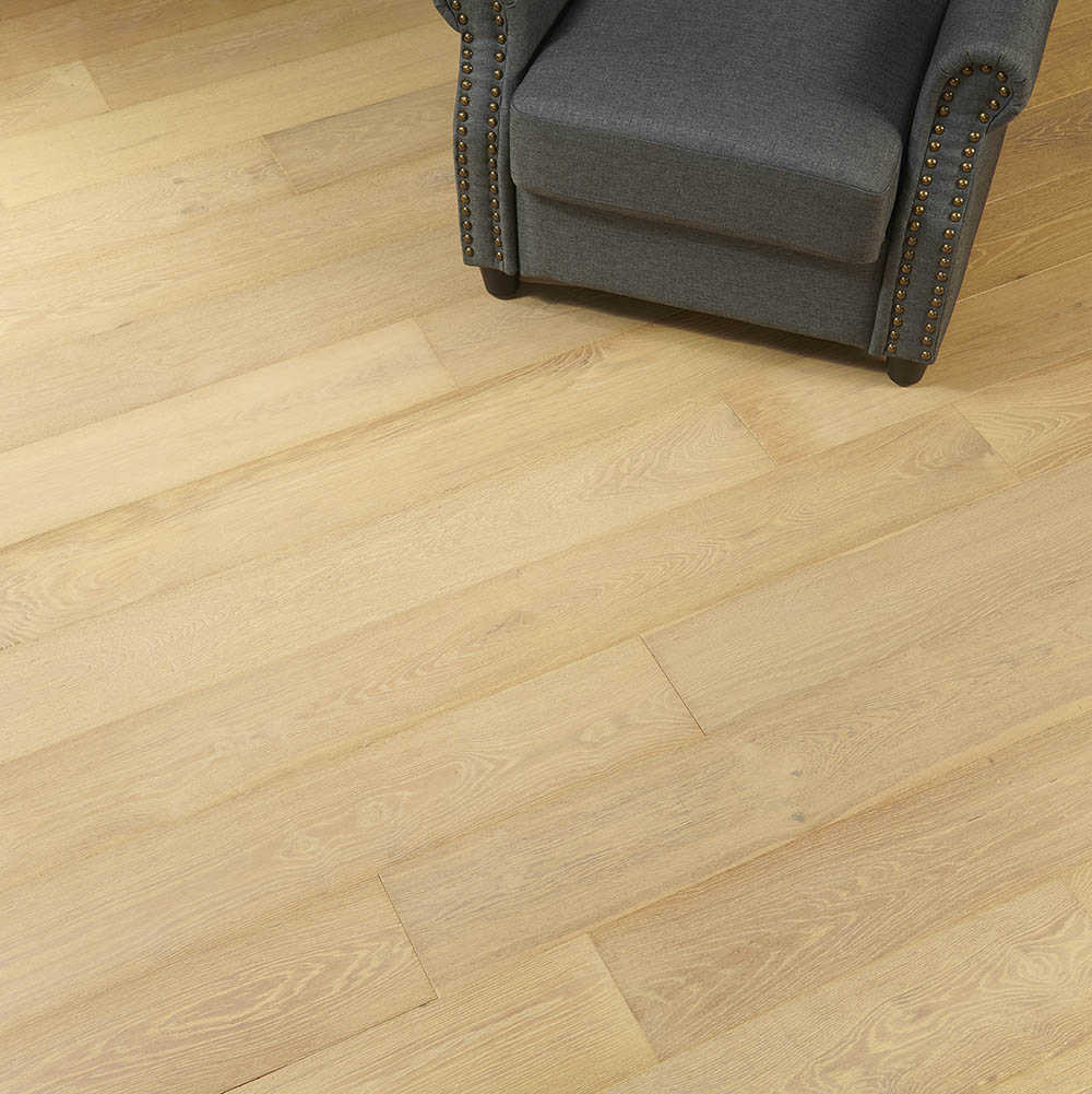 Flooors by LTL Lombard Oak 19/32 in. Thick x 7.48 in. Wide x 74.803 in. Length Engineered Hardwood Flooring